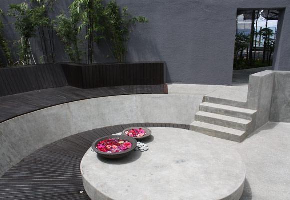 Полированный бетон в отеле Verve Suites