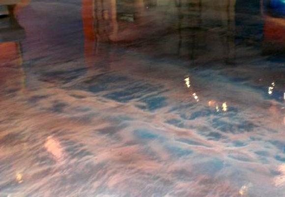 Декоративный бетонный пол в телевизионной студии