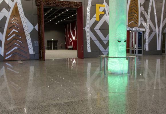 Полировка бетонного пола по технологии Husqvarna Hiperfloor Premium
