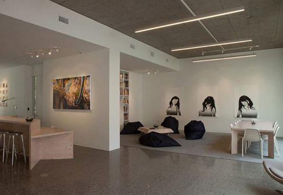 Полированный бетонный пол в Pacific Northwest College of Art