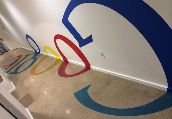 Полированный бетонный пол в офисе Гугла