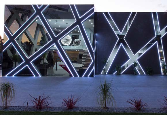 Фасады и пол из полированного бетона в офисном здании Ballart Construction Management