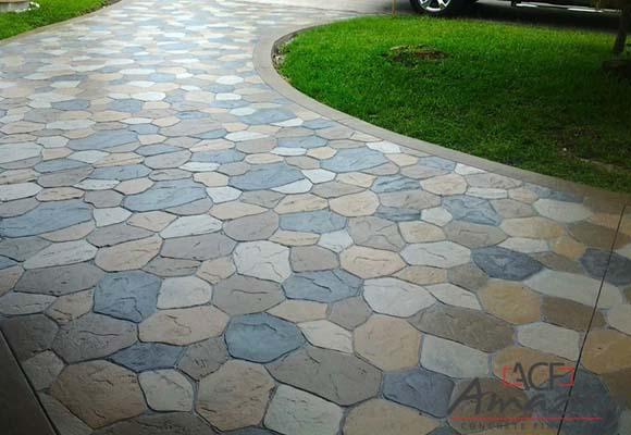 Декоративный бетонный пол от компании Amazing Concrete Finishes
